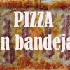 Pizza en bandeja de horno